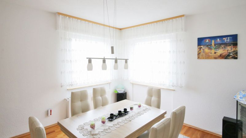 Anzahl Zimmer Wohnung Berechnen : 5 zimmer wohnung in 75173 pforzheim rodgebiet ivd24id 182453596 ~ Themetempest.com Abrechnung